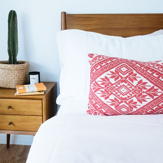 Make this DIY Lumbar Pillow!