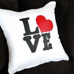 love pillow | craftgawker
