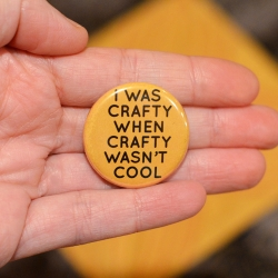 how to make pinback buttons | craftgawker