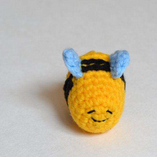 2798541f1fd  64891 popsdemilk Help stop the decline in bee population! These cute  pollinators are the reason we have flowers and produce on our planet.  Crochet pattern.
