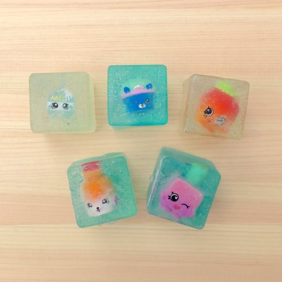 Shopkins party favor soaps tutorial craft gawker for Soap craft for kids