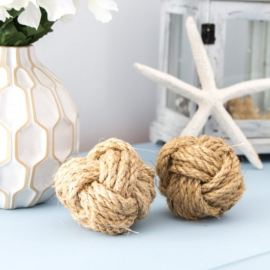 DIY Nautical Rope Knot Balls