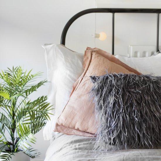 Fluffy Cushion DIY