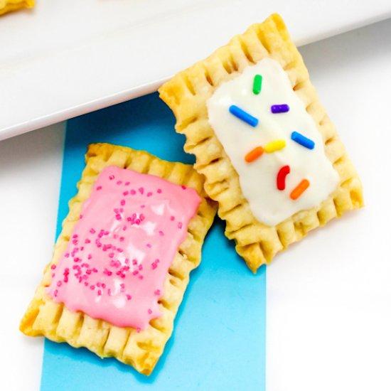 DIY Itty Bitty Pop Tarts!