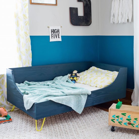 Toddler Bed DIY