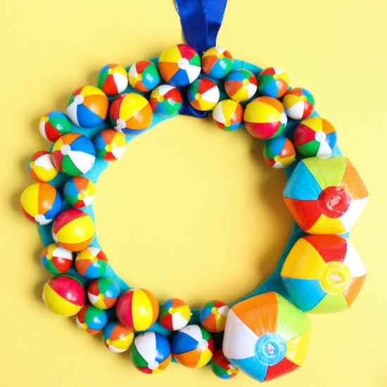 DIY Summer Beach Ball Wreath