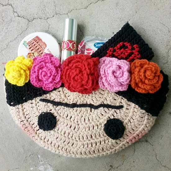 Crochet Frida Clutch