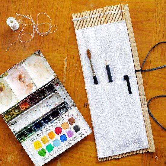 DIY brush case roll