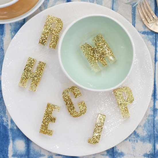 How to Make Resin Placecards