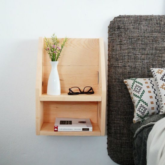 diy floating nightstand | craftgawker Floating Nightstand Ideas