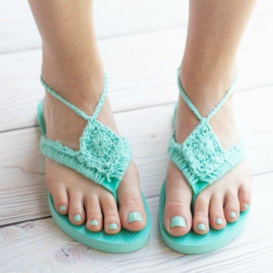 8edff369192a1 Crochet Flip Flops