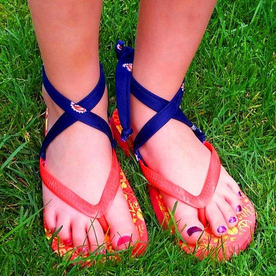 1a66c92c0bb485 DIY Tie-On Flip Flops