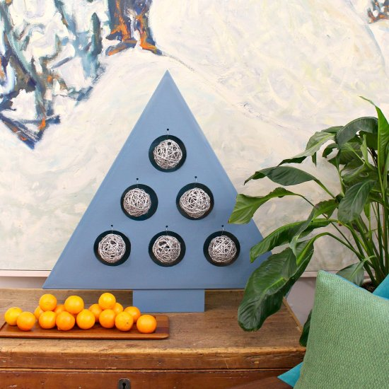 ... DIY Plywood Ornament Stand