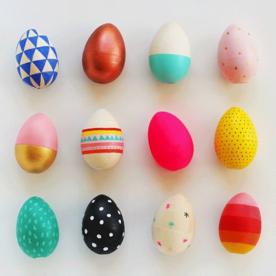 How to paint wooden eggs