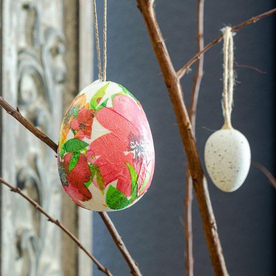 Easy Decoupage Easter Egg Tutorial