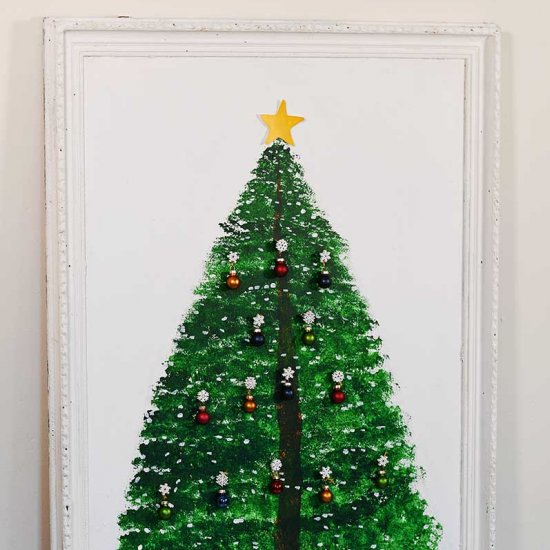 How to paint a large Christmas tree